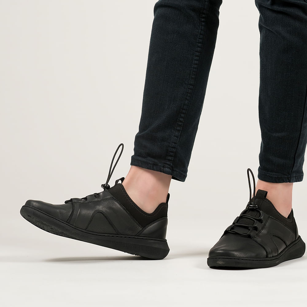 Tola Women's Black Leather Trainers
